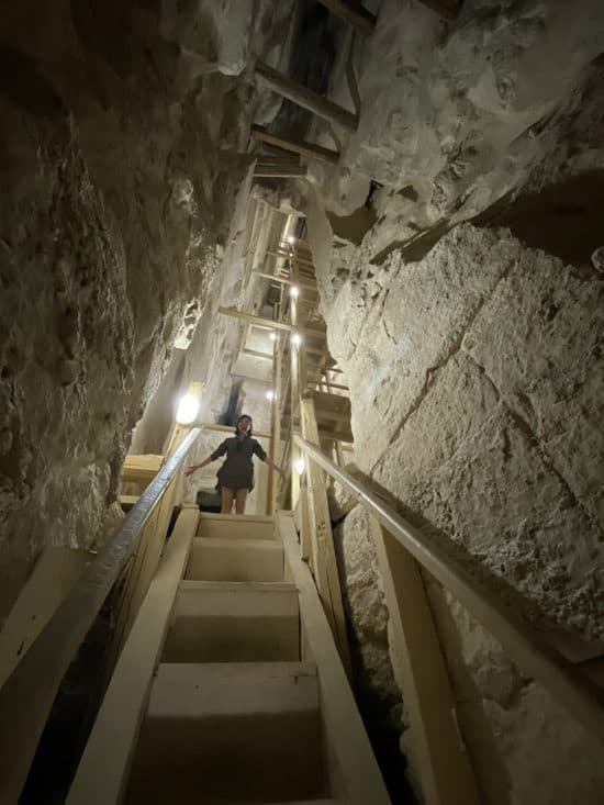 bent pyramid staircase