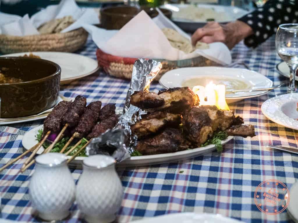dahabiya dinner meal mixed grill skewers