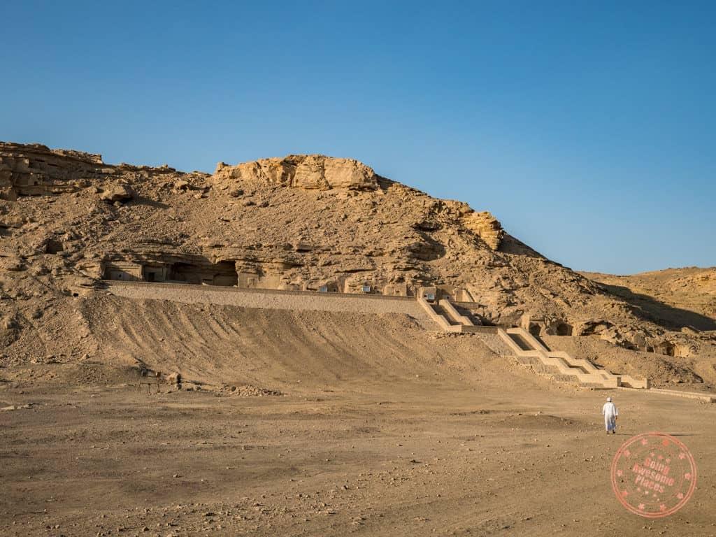 el kab tombs egypt nile cruise
