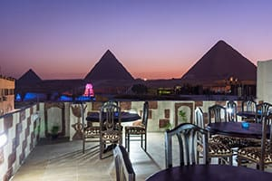 giza pyramids inn budget place to stay in cairo