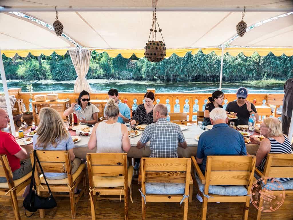 lunch with dahabiya cruise mates