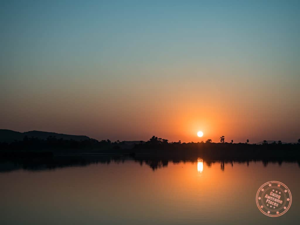 sunrise from the nile cruise and stay egypt