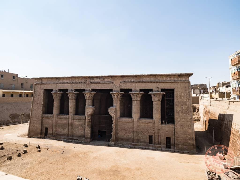 temple of khnum esna egypt