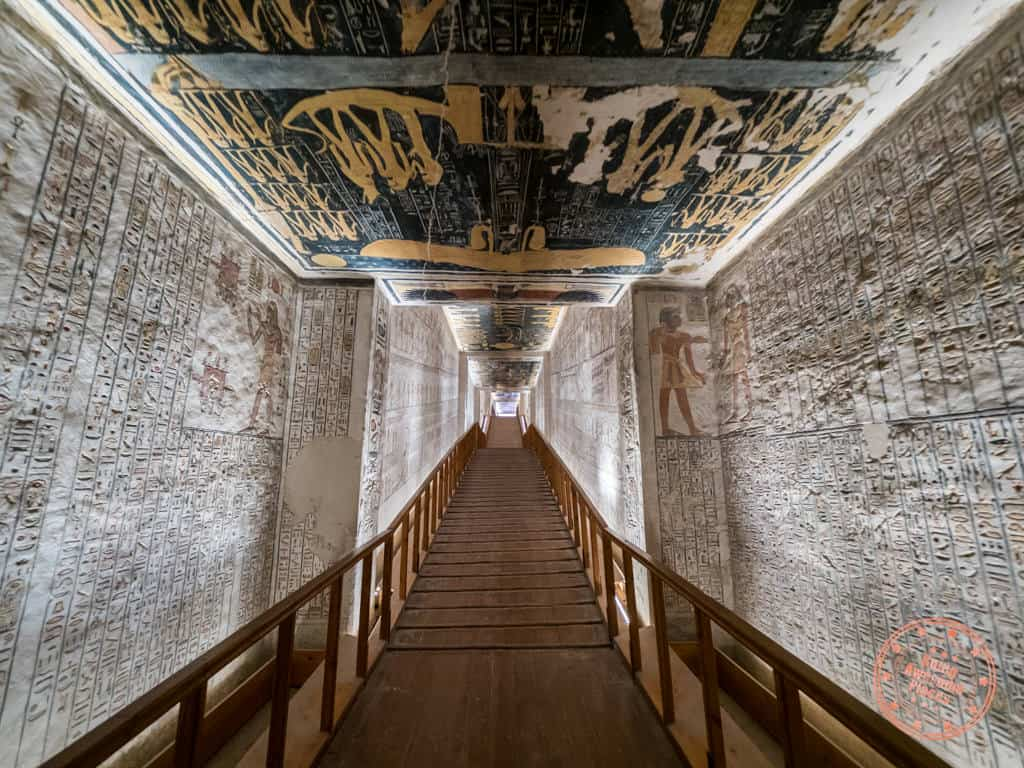valley of the kings luxor west bank ramses tomb nile cruise and stay