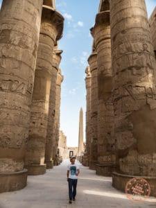 walking hypostyles hall karnak temple