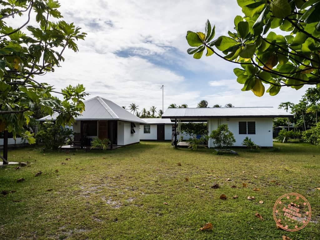 chez taia et vero bungalow rangiroa