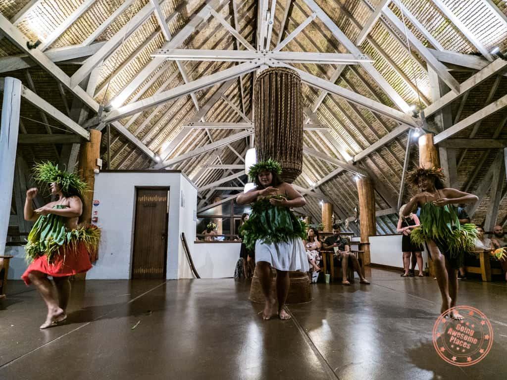 le meridien bora bora polynesian dance night