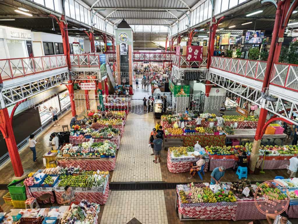 marche de papeete municipal market in tahiti interior floor