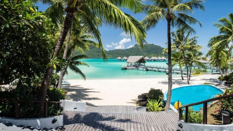 how to travel bora bora on a budget featured
