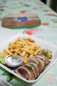 chaud froid de thon in rangiroa with fries