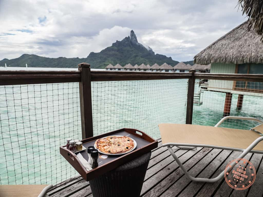 kids menu pizza at le meridien bora bora