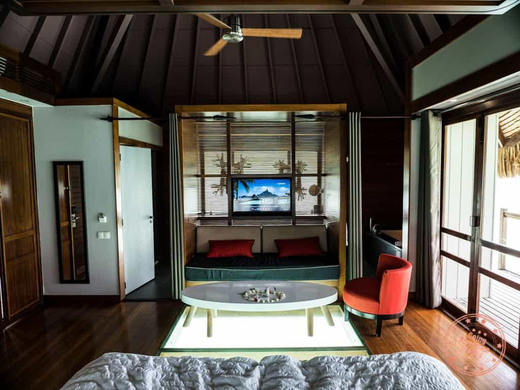 le meridien bora bora bungalow living space