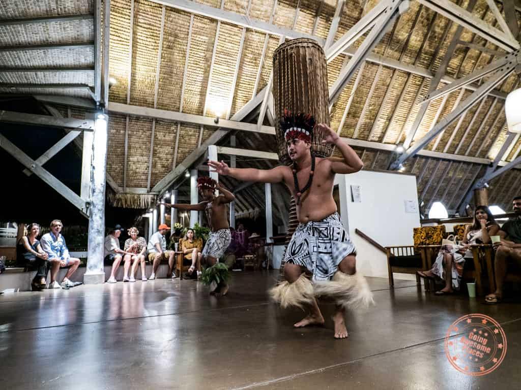 le meridien bora bora polynesian dance performance men