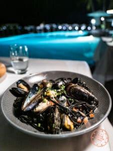 le tipanie dinner mussels dish bora bora