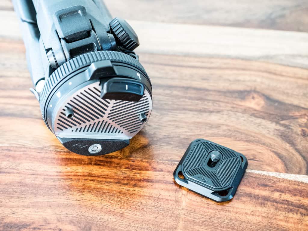 travel tripod and camera plate