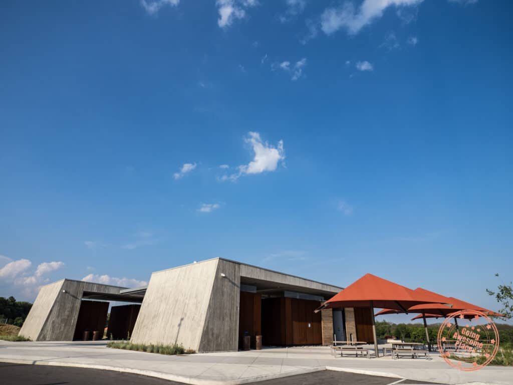 north maple regional park in vaughan facilities including umbrellas and tables