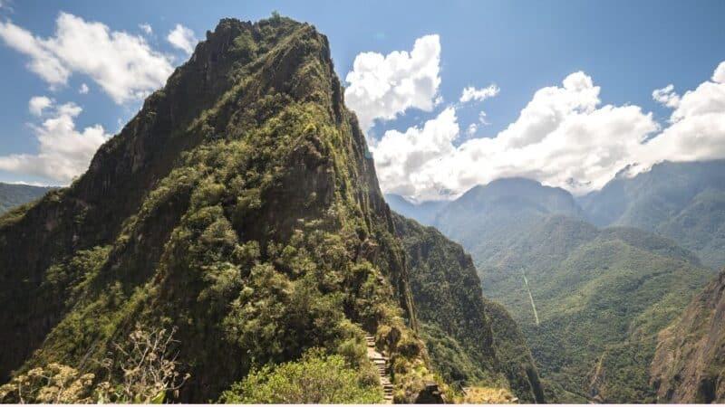 huayna picchu hike featured