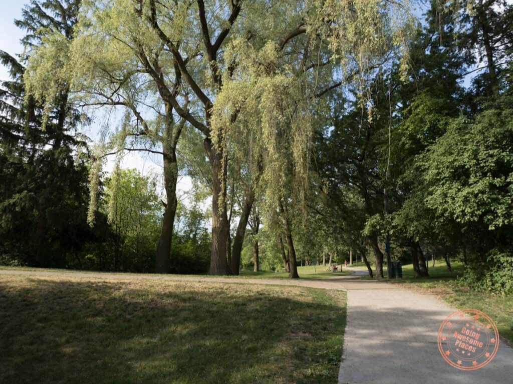 best parks in vaughan and walking trails