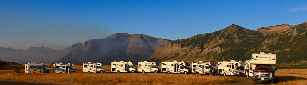 a line of rvs from fraswerway rental company in ontario