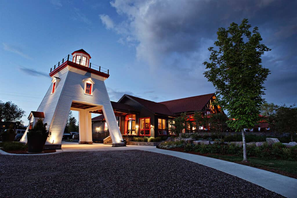 killarney mountain lodge entrance is one of the popular northern ontario resorts