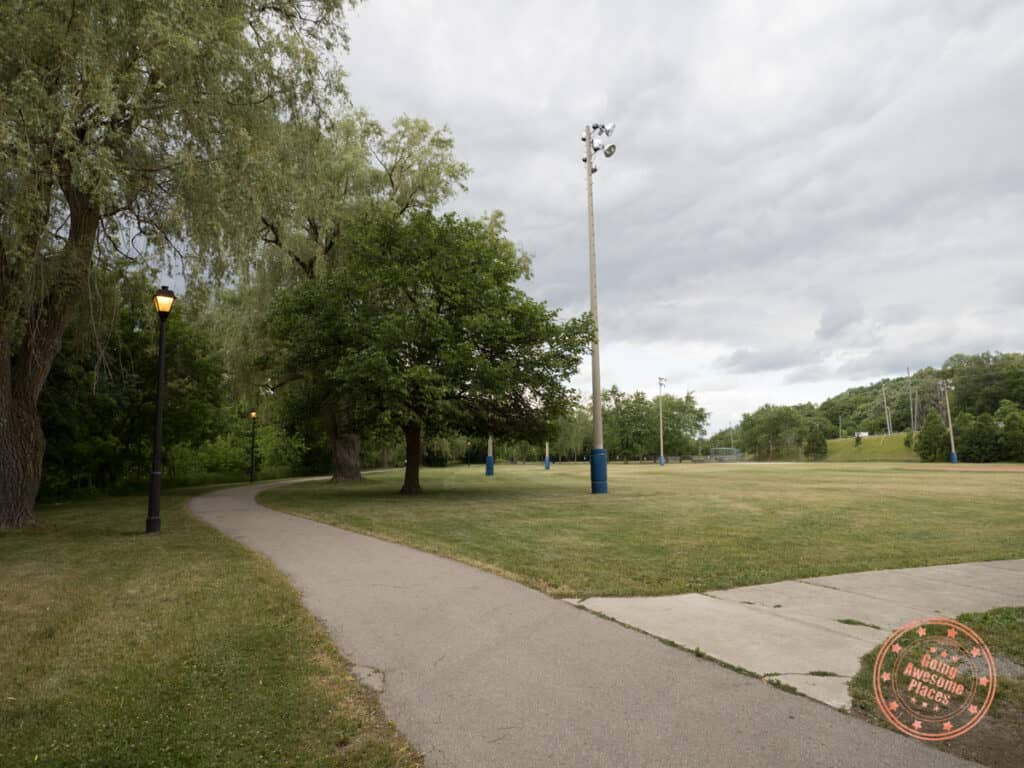 nort johnson park walk in vaughan
