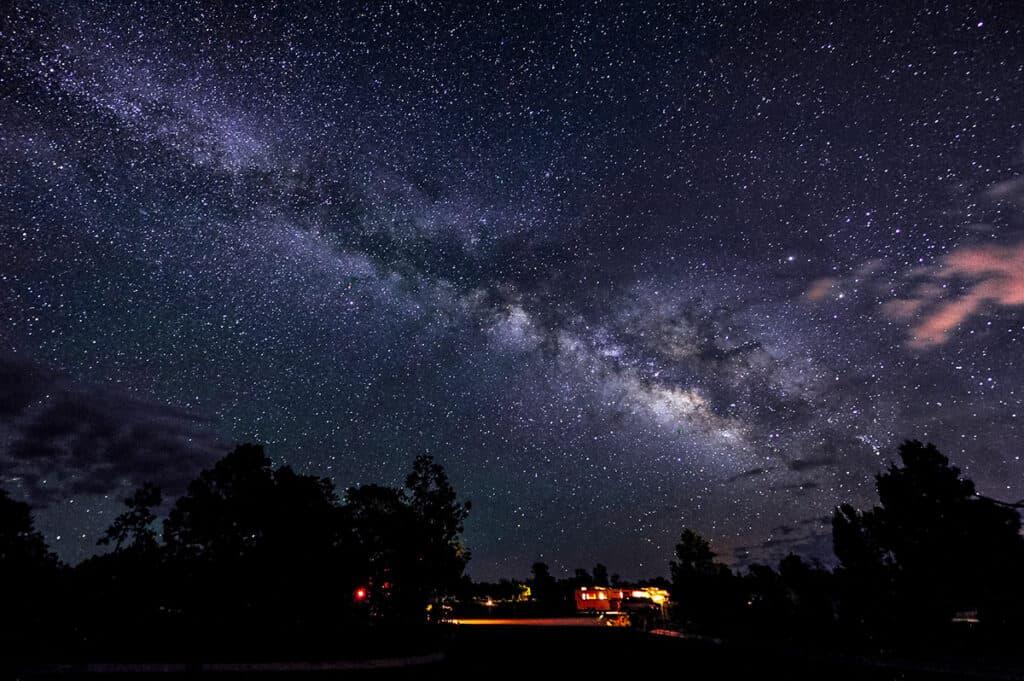 rv roadtrip travel star gazing the milky way