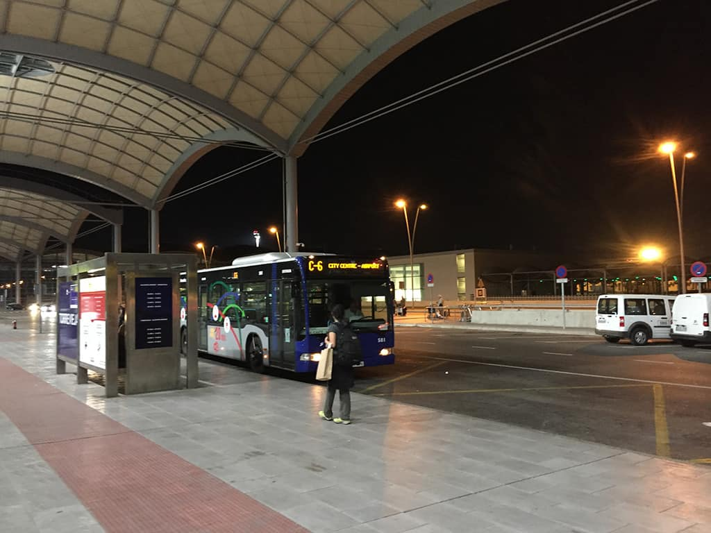 alicante C6 bus waiting at the airport