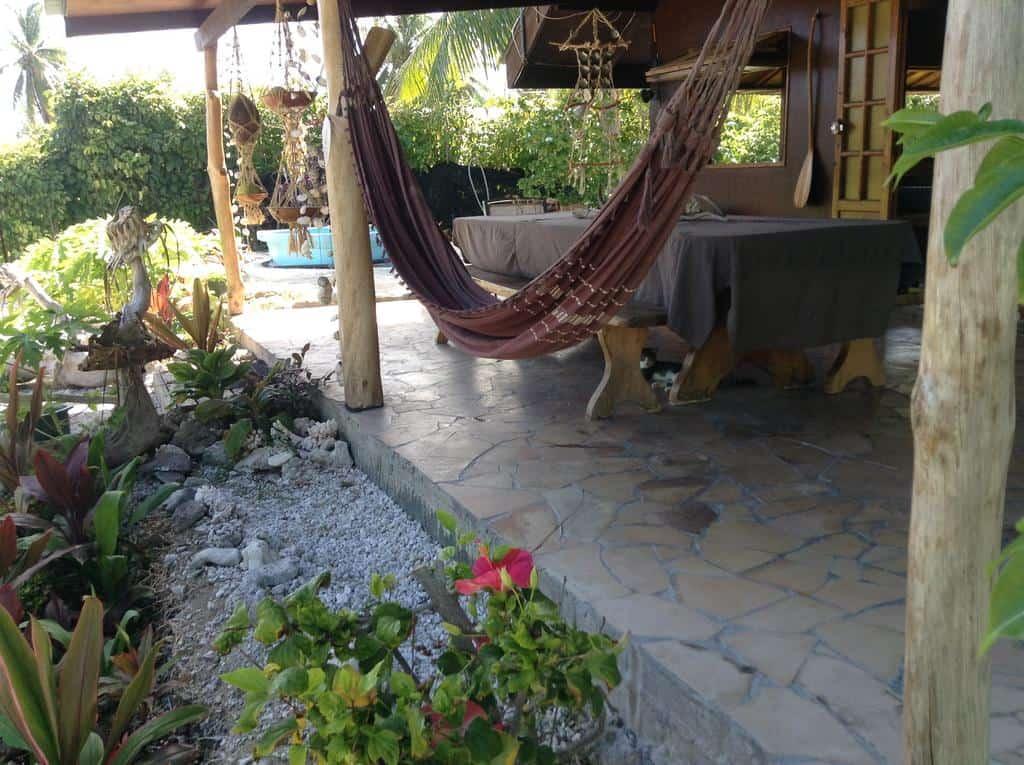 poe guesthouse hammock rangiroa pension