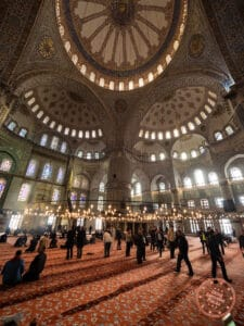 the blue mosque interior and ornate ceiling design