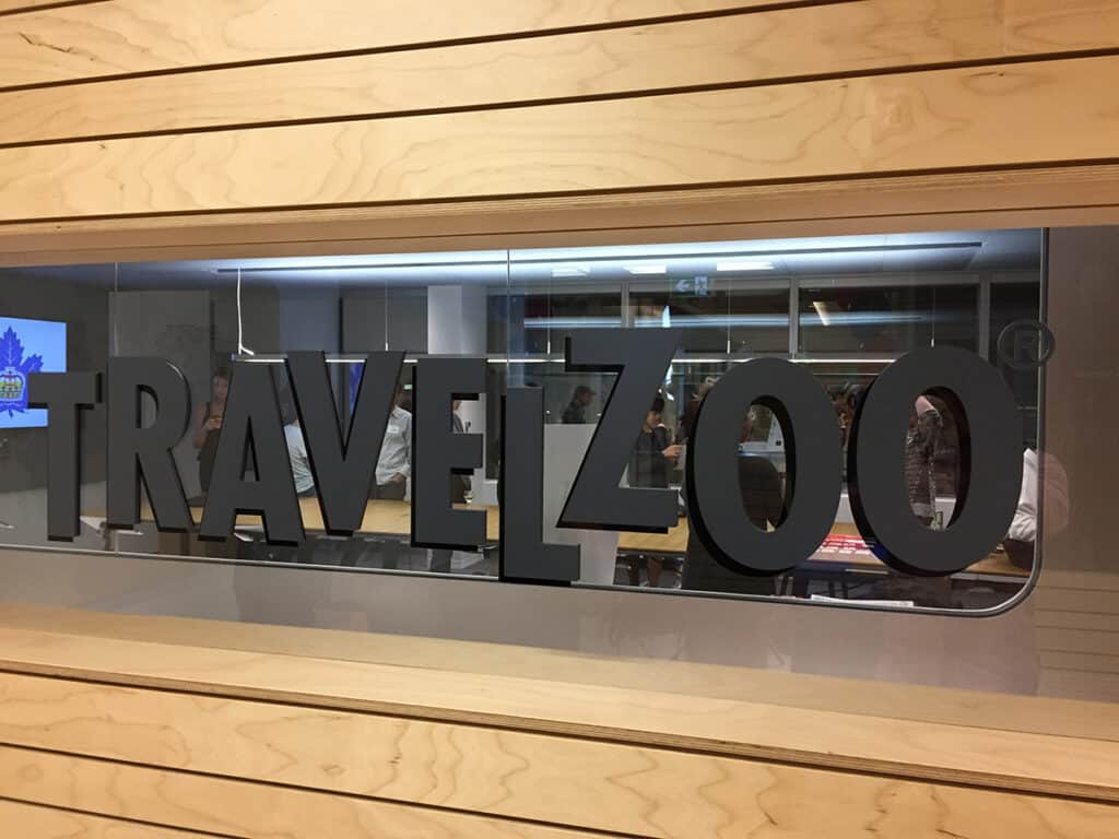 how does travelzoo work office sign in toronto