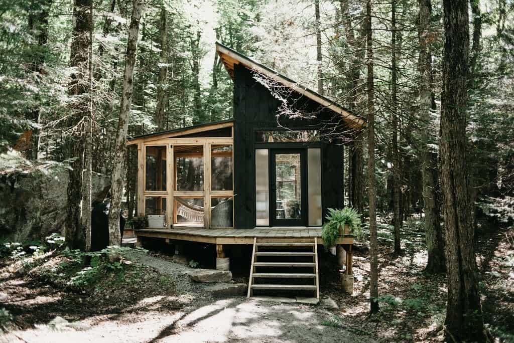 airbnb muskoka eco cabin exterior cottage