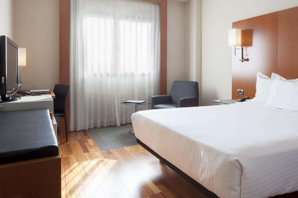 ac hotel murcia in spain suite