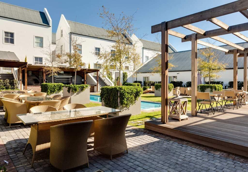 protea hotel cape town durbanville courtyard exterior