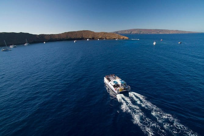 molokini crater and turtle town snorkeling boat cruise tour in maui