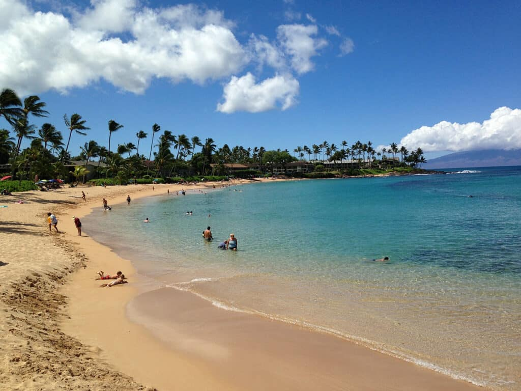 napili beach for snorkelling in maui