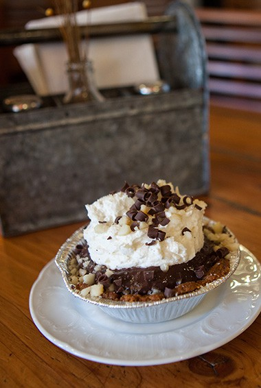 leoda's and kitchen and pie shop is a highlight in maui