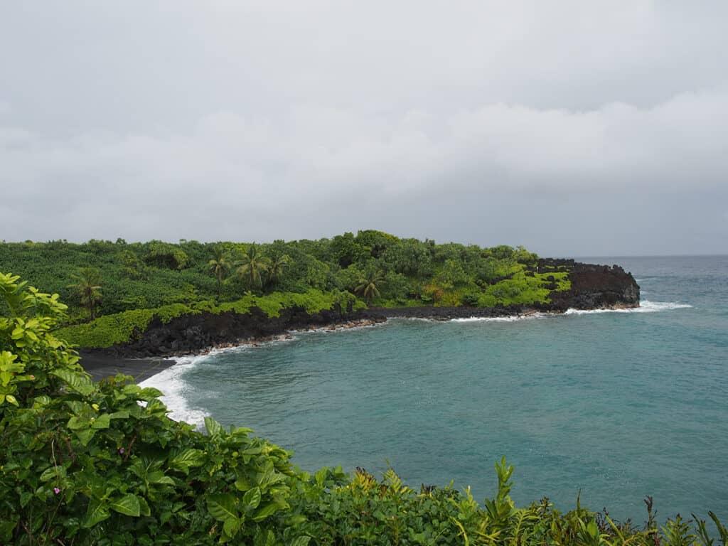 road to hana black sand beach waianapanapa state park in maui