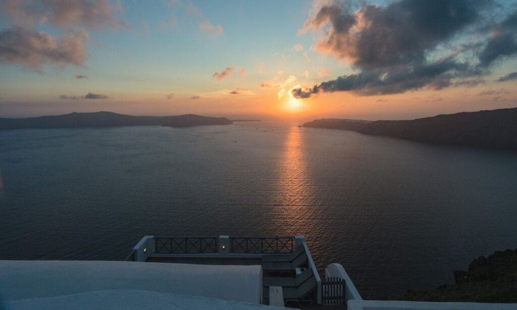 best areas to stay in santorini featured