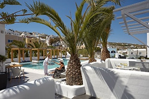 callia retreat suites poolside