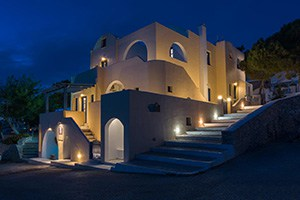 cultural house hotel in pyrgos