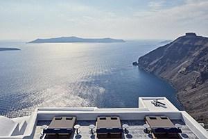 homeric poems luxury hotel in firostefani