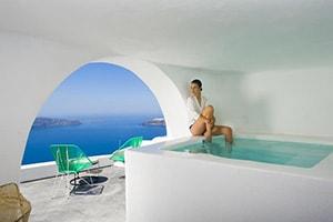 sophia luxury suites plunge pool in santorini