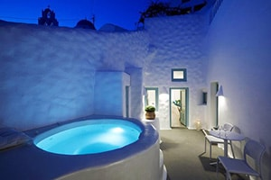 valsamo suites luxury place to stay in pyrgos santorini