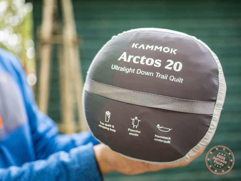 kammok arctos 20 ultralight quilt stuff sack with features labelled