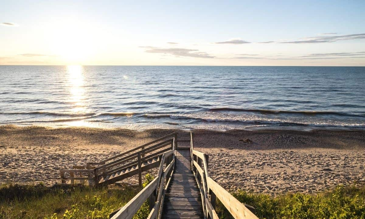 pinery provincial park guide featured