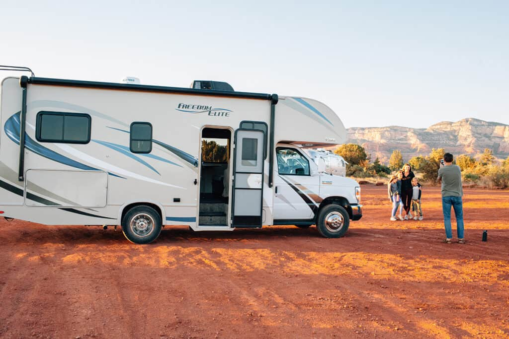 family rv rental in arizona through outdoorsy