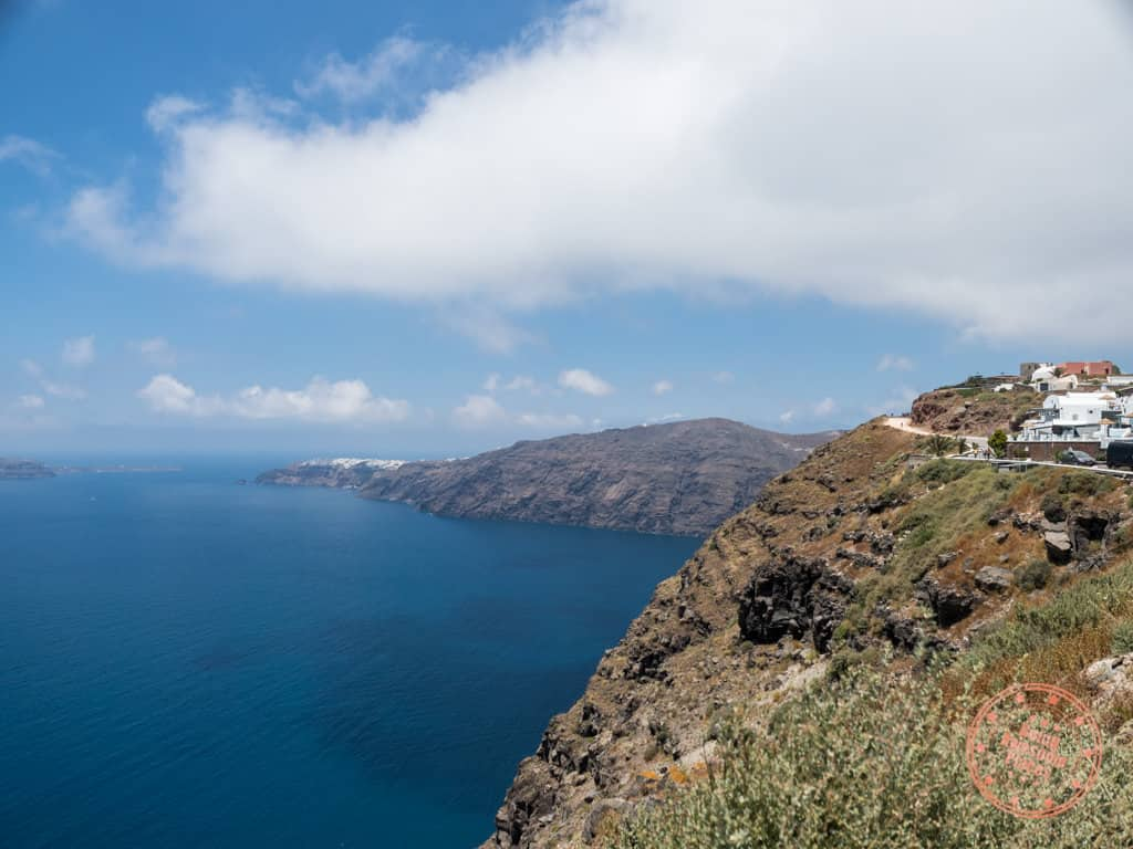hike trail from fira to oia on santorini