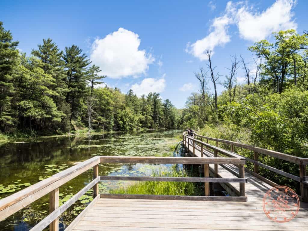 riverside trail boardwalk pinery provincial park