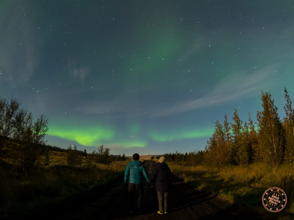 what to wear in the winter in iceland while watching northern lights