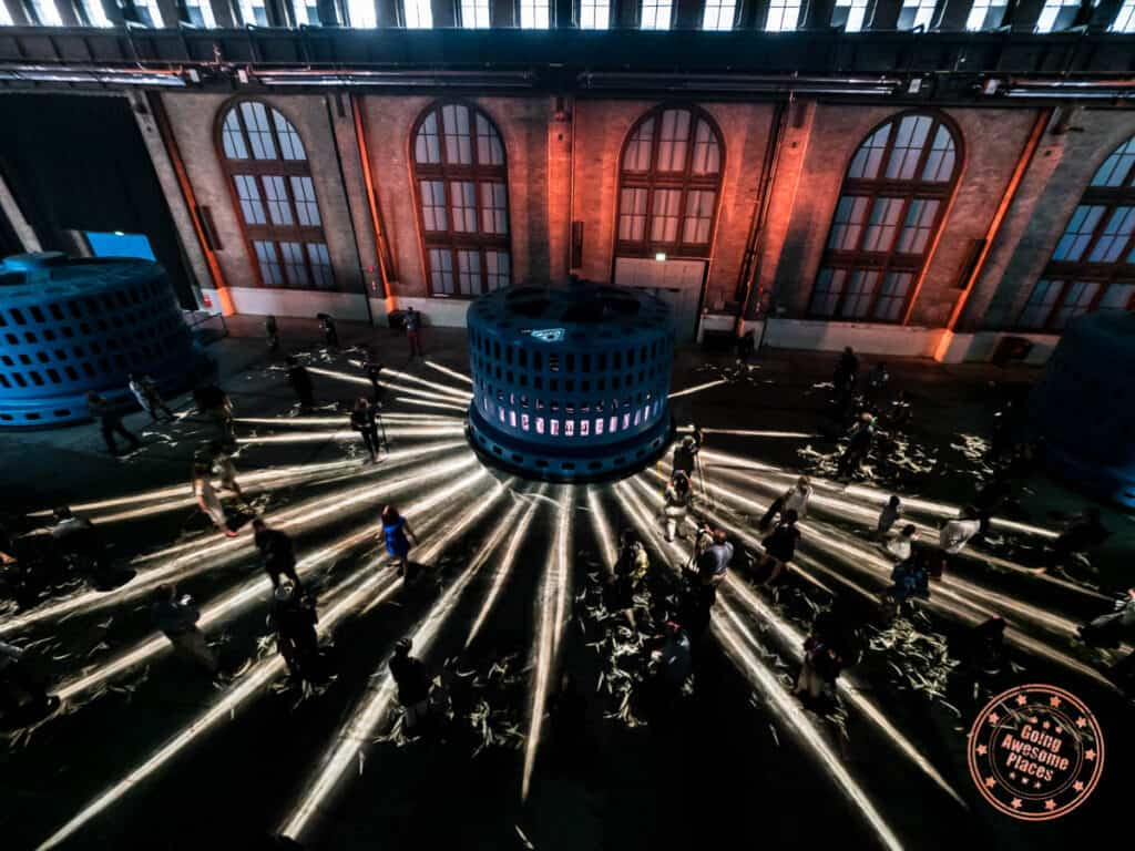 niagara parks power station nigcurrenrts immersive experience night show